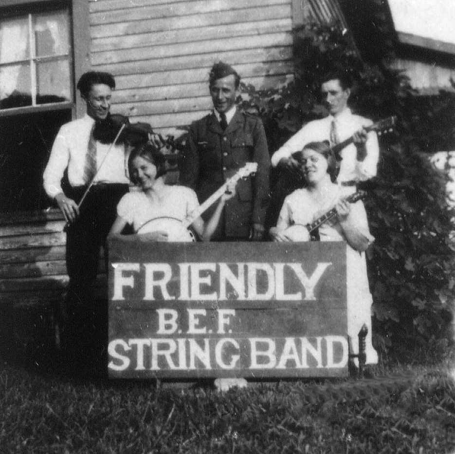 The Friendly B.E.F. (Bonus Expeditionary Forces) String Band (Courtesy of Bill Linebarrier)