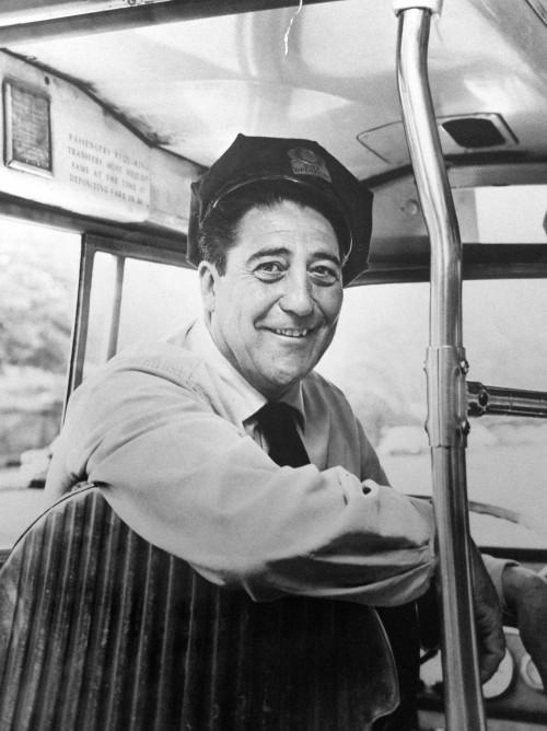 Cimillo portrait on bus